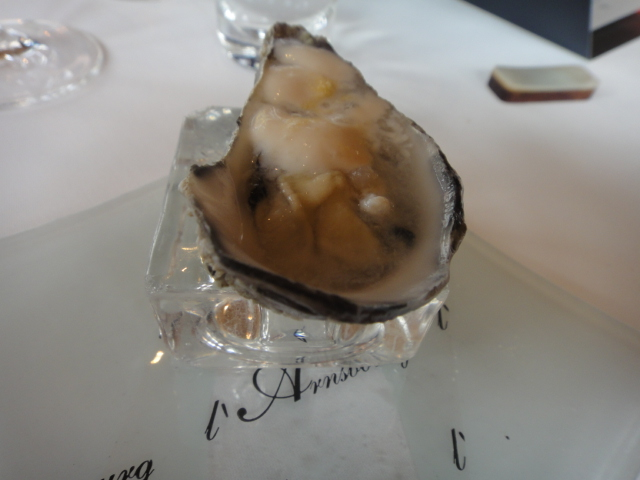 Huître-spéciale-perle-blanche